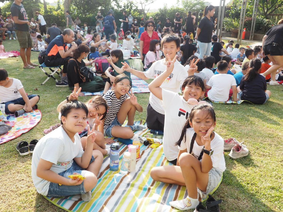 109-08-25~草地音樂會 (12)