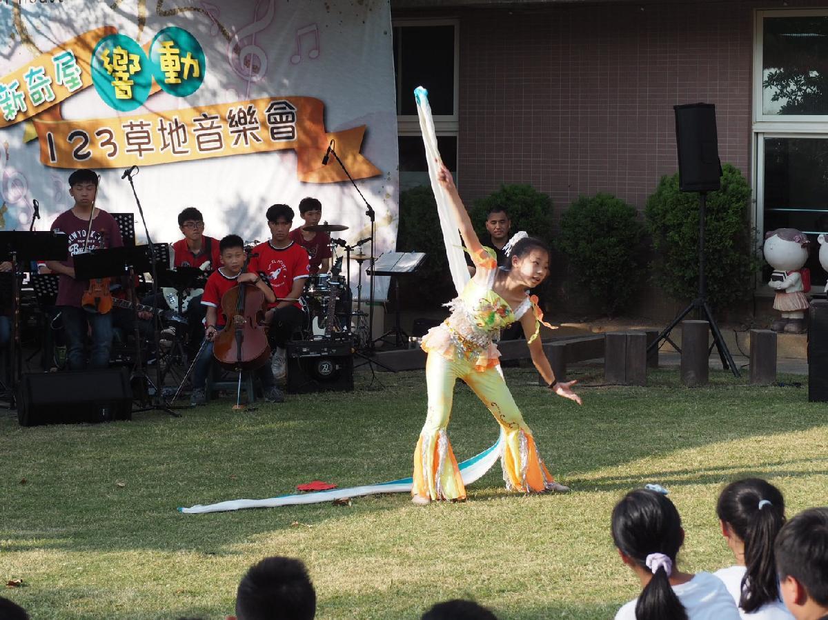 109-08-25~草地音樂會 (55)
