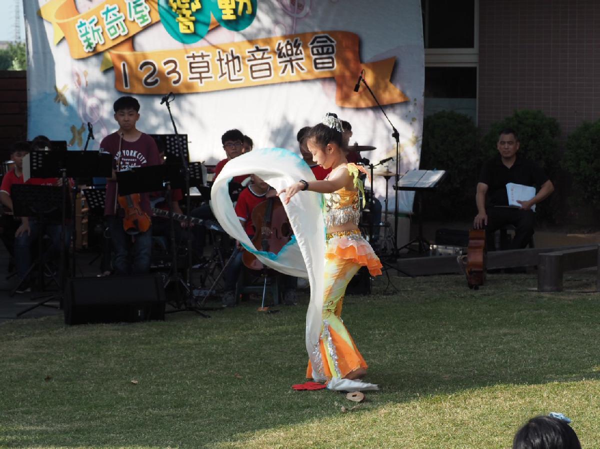 109-08-25~草地音樂會 (61)