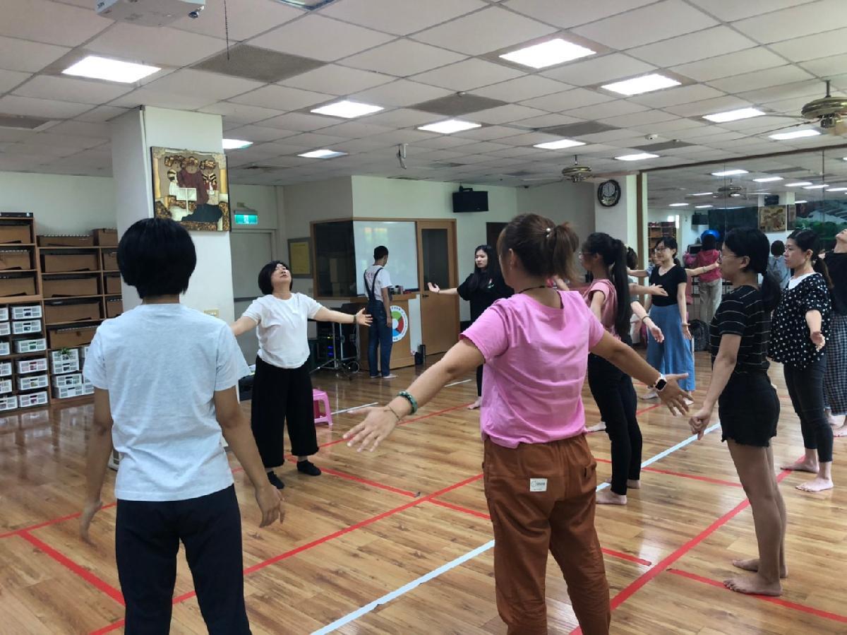109-09-13~戲劇肢體研習 (12)