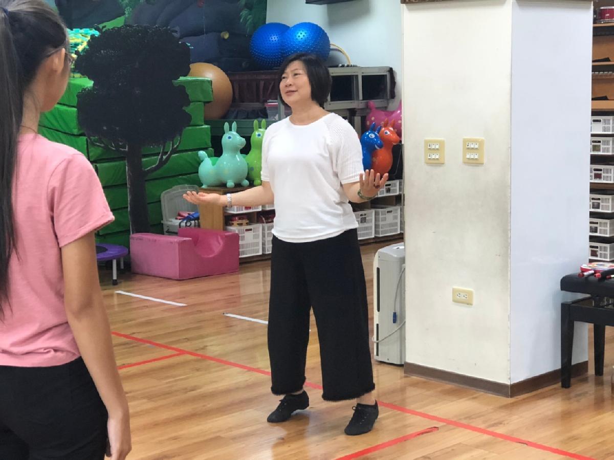 109-09-13~戲劇肢體研習 (14)
