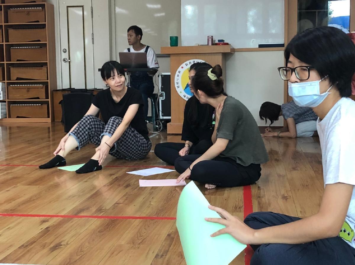 109-09-13~戲劇肢體研習 (25)