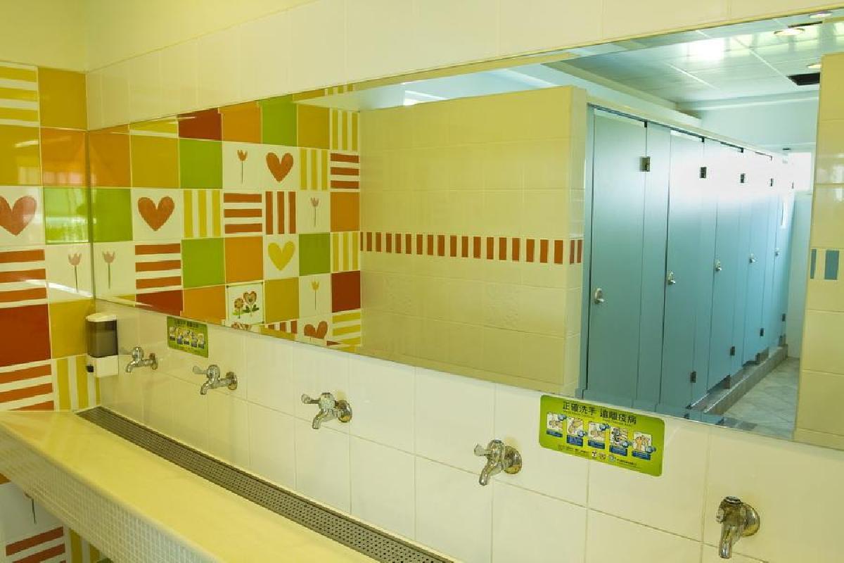 三樓孩童專用洗手